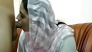 Pakistani Muslim Wife get Big Tits Massages and Plays with her twat