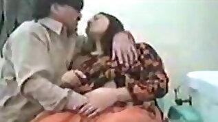 Karachi Dentist Fucks Patient