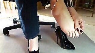 Feet in highheels