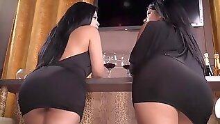 Thick latina threesome