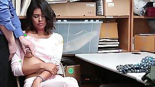 ShopLyfter Case Kat Arina pays for stolen items