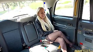 Amber Deen Screams And Moans While A Taxi Driver Is Fucking Her