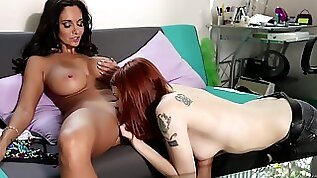 Mother Seduced Her Embarrassed Daughter