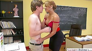Mind blowing quickie with hot blooded busty teacher Mercedes Carrera