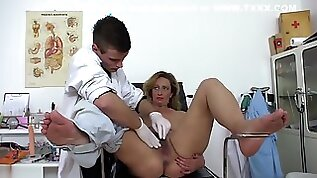 Lucky Doctor Fucks Real Mature In Office