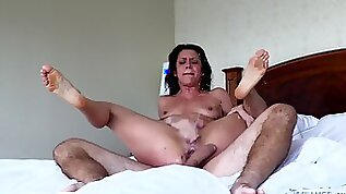 Cougar with huge natural tits getting throbbed hardcore before squirting