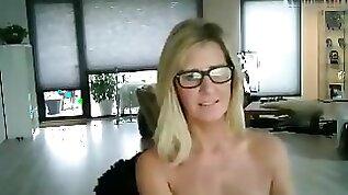 Bignipplesd big boobs mature